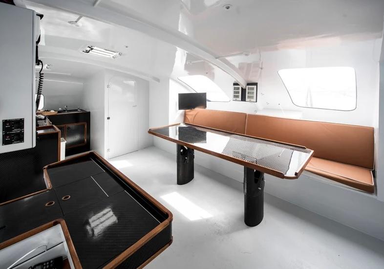 CatamaranZ intérieur du voilier