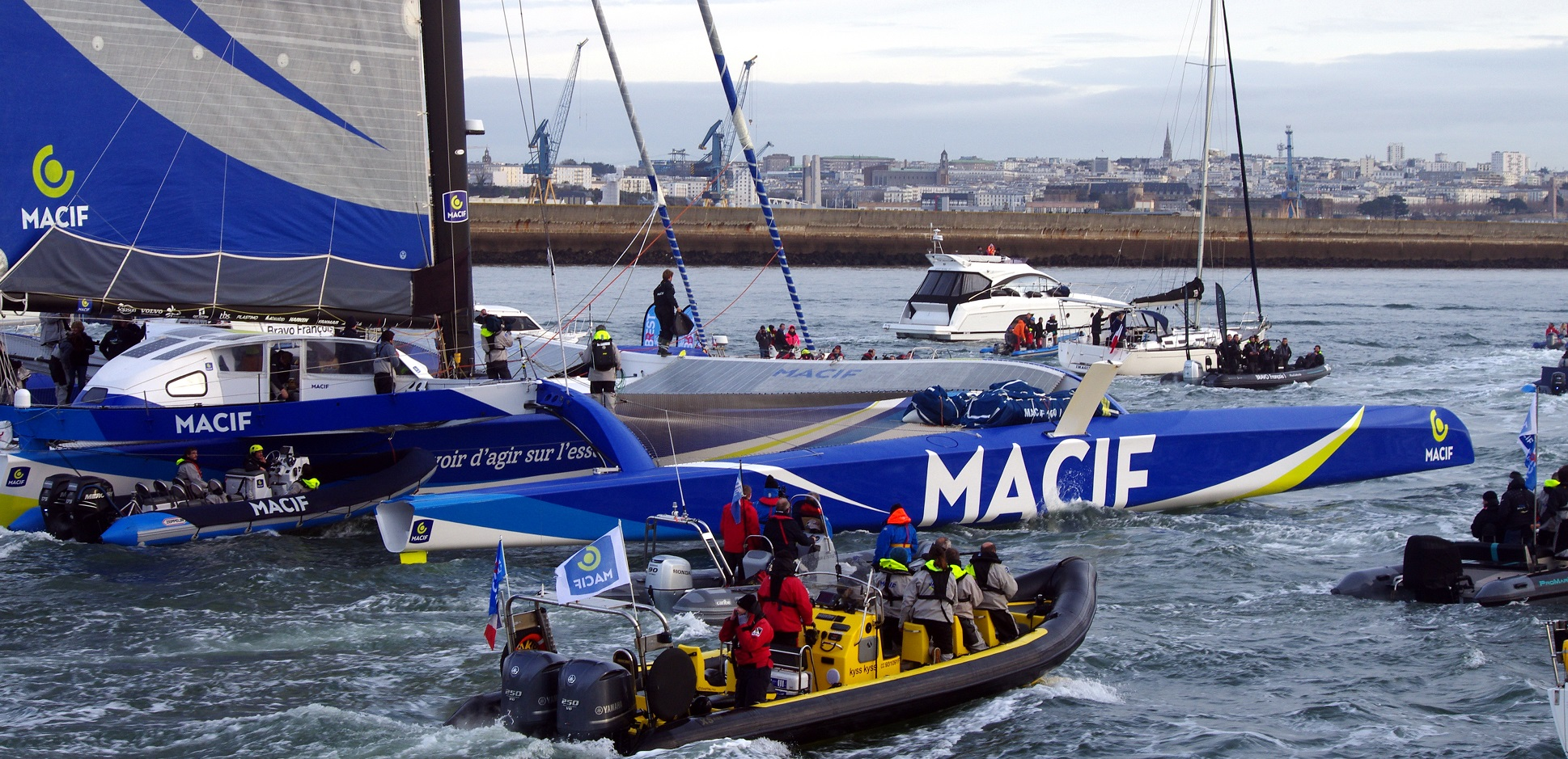 François Gabart et Kyss Marine à Brest