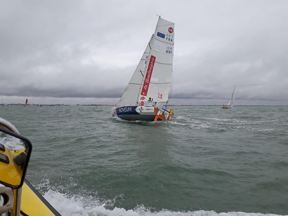 Mini-Transat Jerome Lhermitte NOVEUM accompagné par KYSS Marine